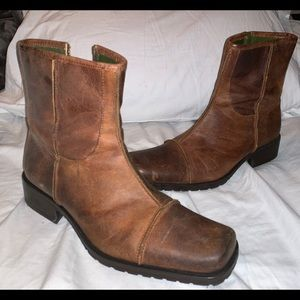Men's Distressed Brown Boot- Size 11